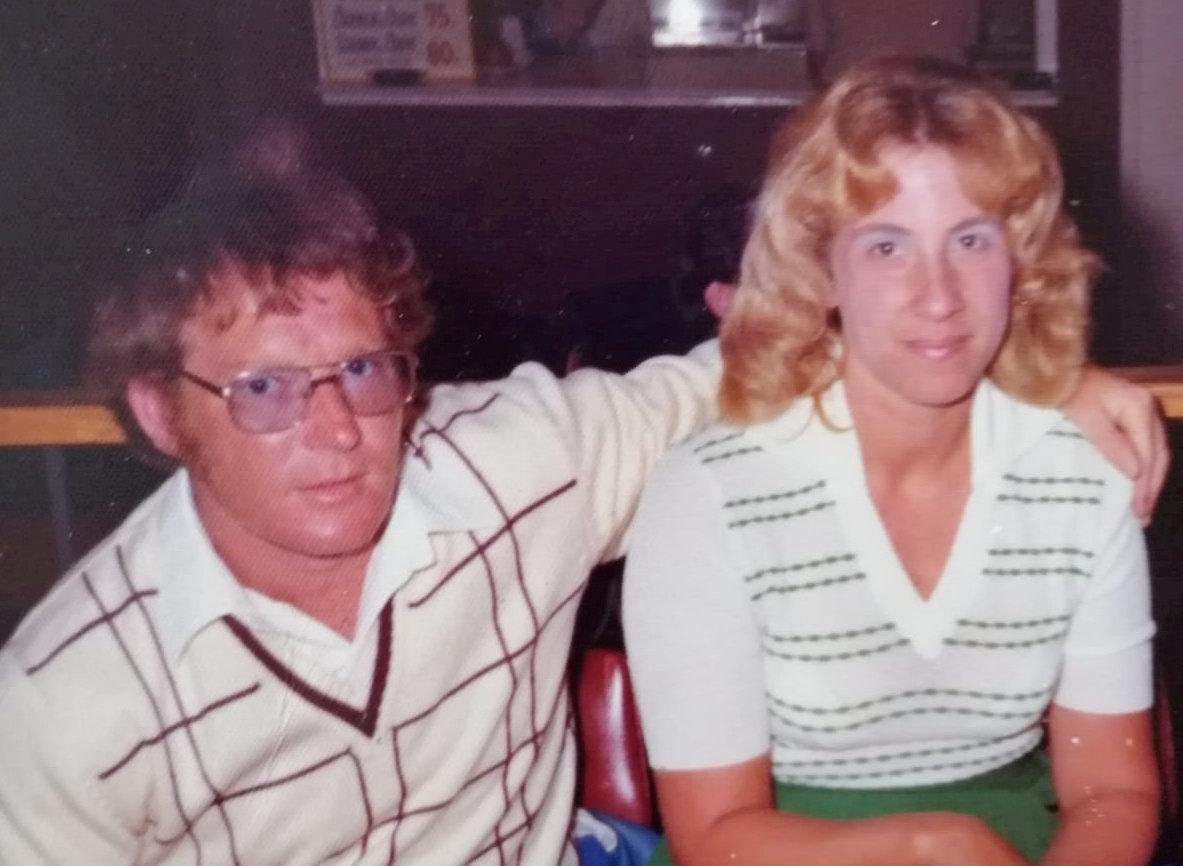 Cel mai tânăr cuplu care a sărbătorit nunta de diamant. Care e secretul căsniciei de 60 de ani a lui Lynne și Bert Woolliss
