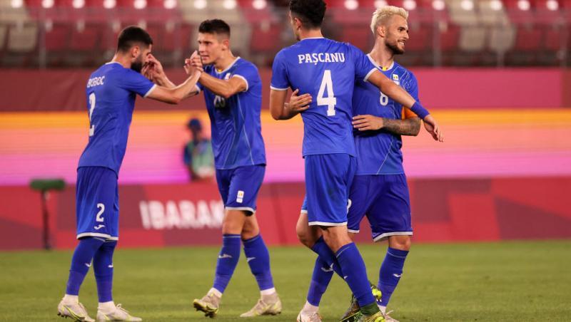 Echipa de fotbal a României, îmbrăcată în albastru