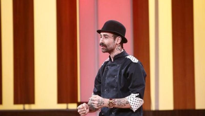 """Kani (Andrei Hîncu) de la """"Chefi la cuțite"""" sezonul 8, in platoul emisiunii"""