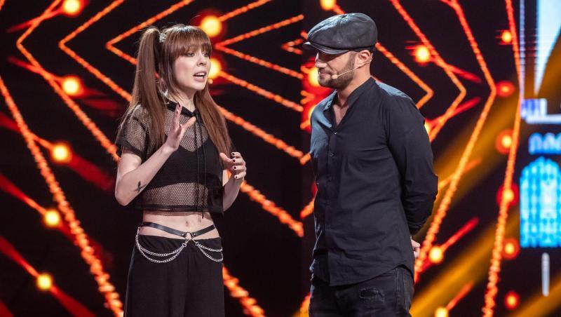Marie Janette și Mihai Bendeac pe scenă, apropiați