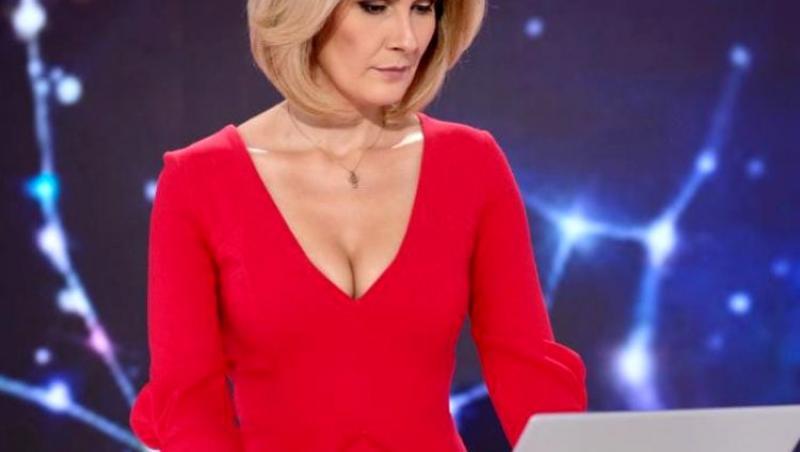 Alessandra Stoicescu în rochie roșie
