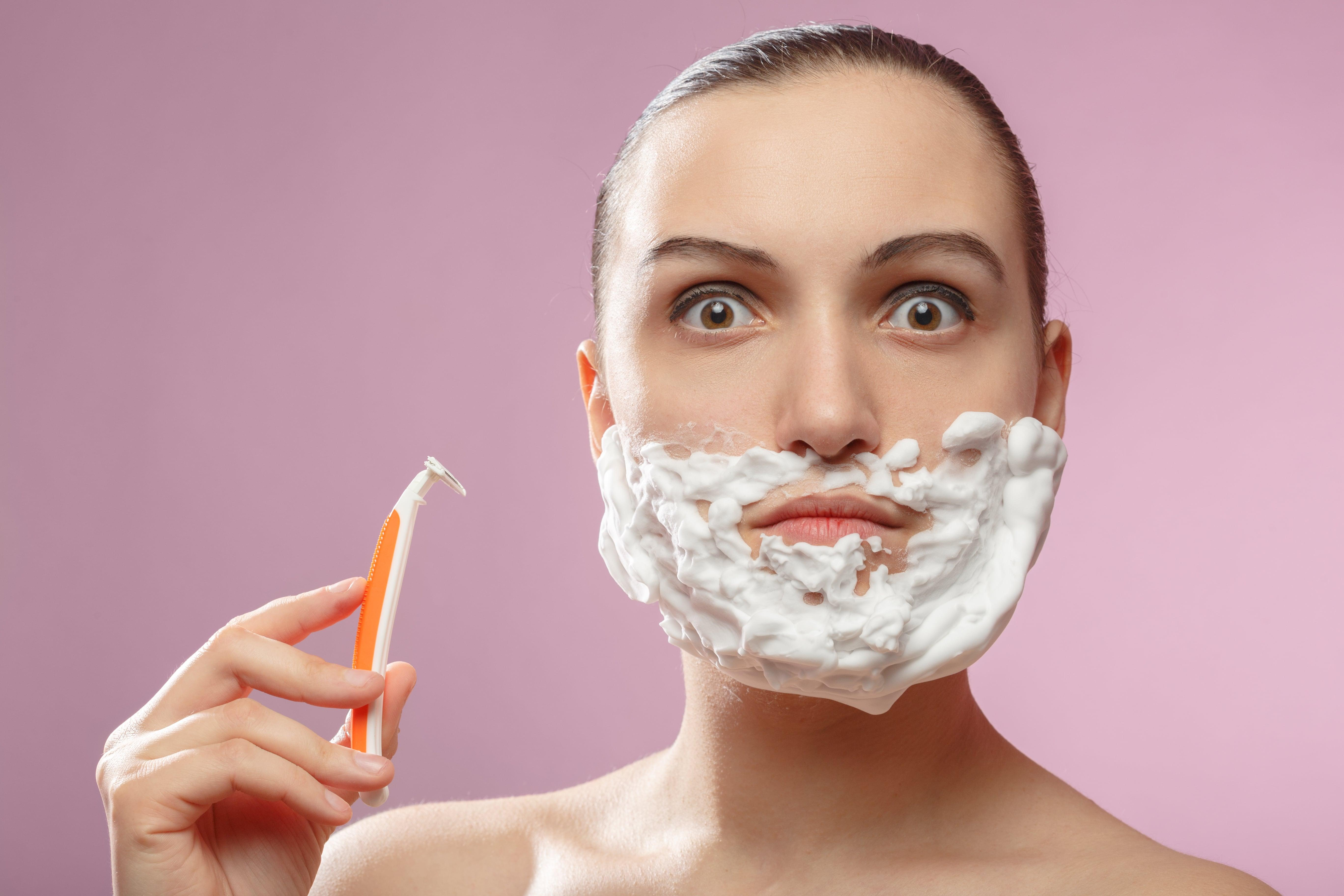 Femeia cu barbă care a decis să nu se mai radă. Ce cauzează aspectul neobișnuit al Vanessei Ramirez