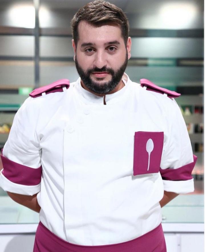 Vicenzo Aiello, la Chefi la cuțite, în uniforma mov
