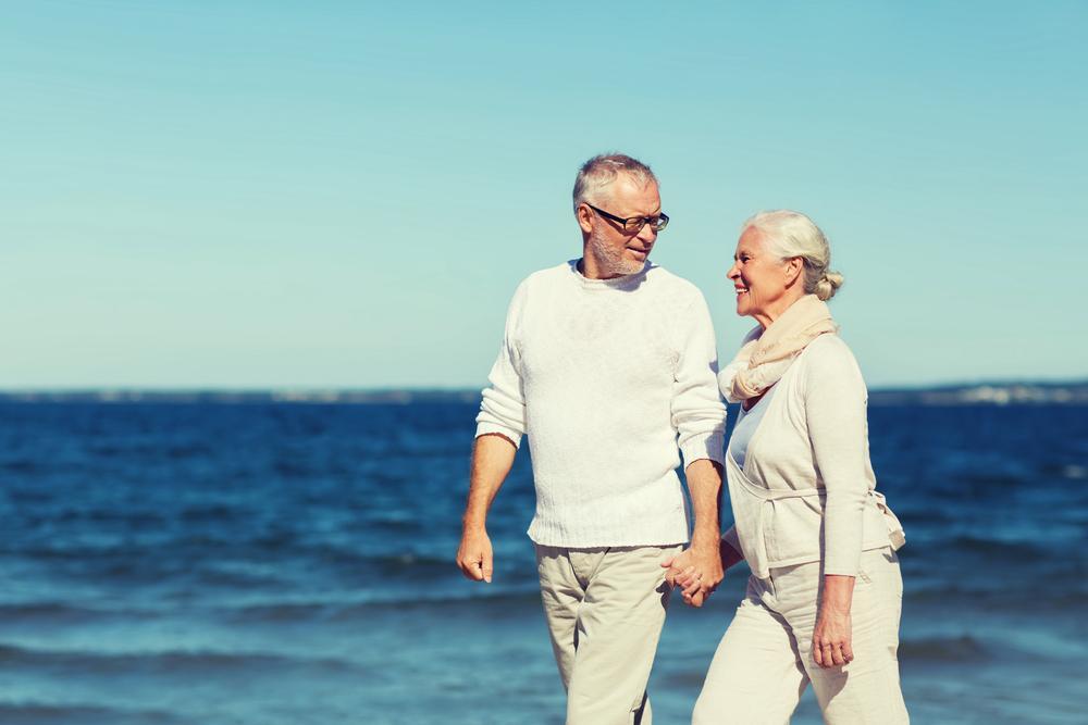 """Cuplul trecut de 60 de ani care spune că se bucură de relații intime de lungă durată. """"Începeam dimineața și terminam seara"""""""