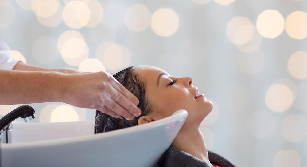 Shaylene Gartly a mers să-și vopsească părul și experiența s-a transformat în una traumatizantă. Ce a pățit