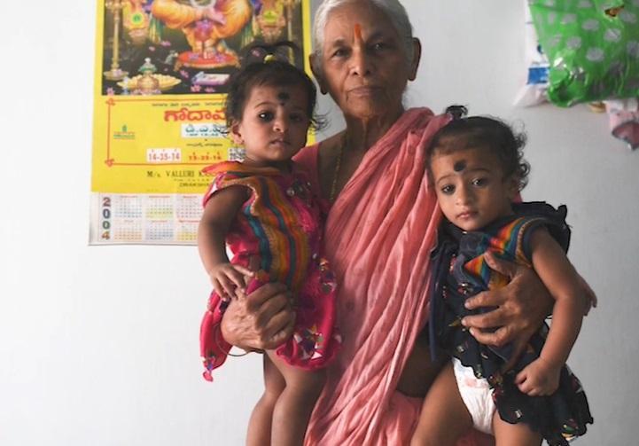 Ea e femeia care a născut gemeni la 74 de ani. Ce a anunțat Erramatti Mangayamma, după ce a devenit cea mai bătrână mamă din lume