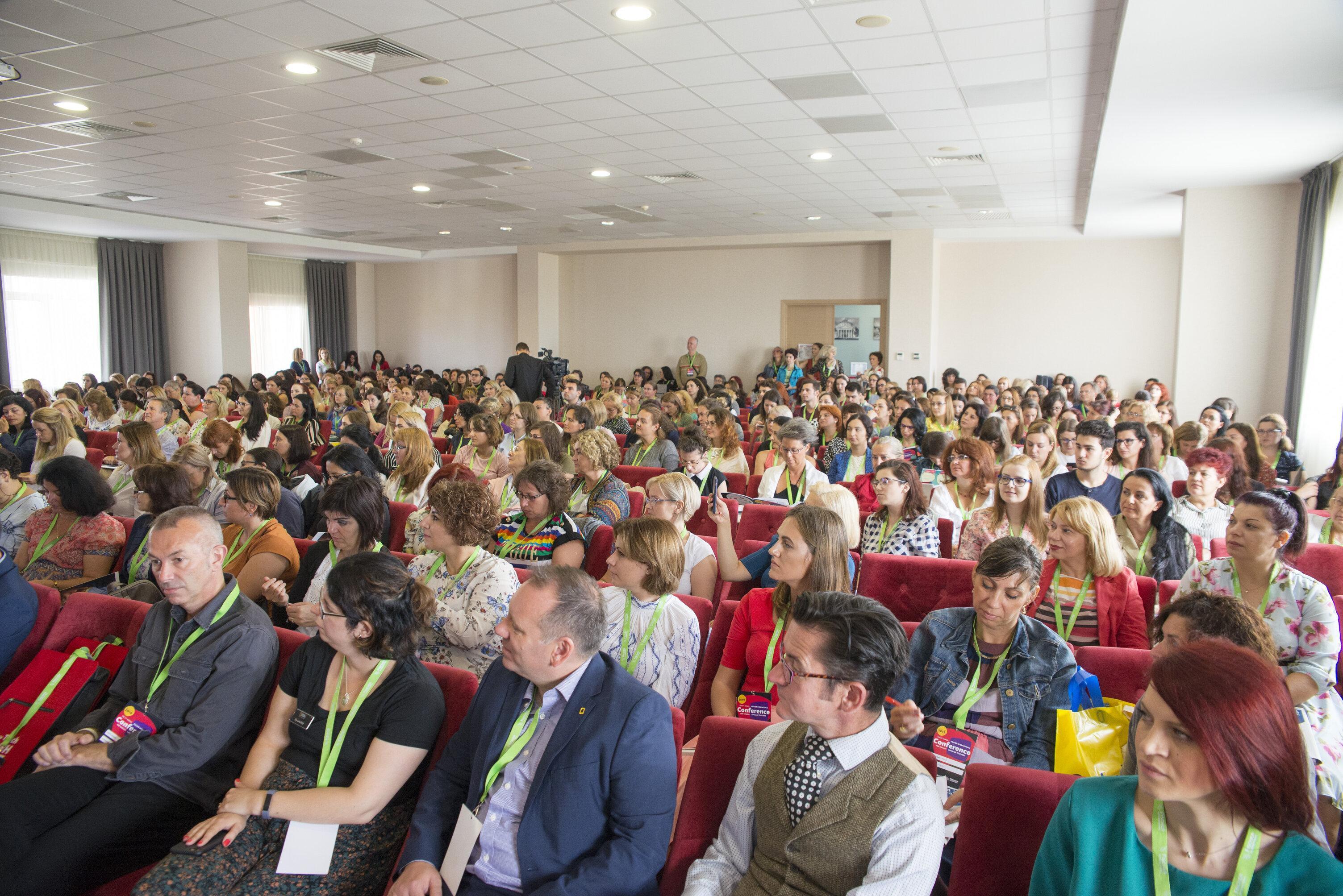 Conferința Fischer International, cel mai important eveniment din Educație, înaintea începerii anului școlar
