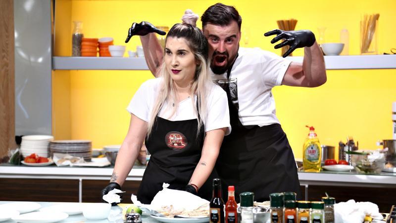 Adda la Chefi la cuțite