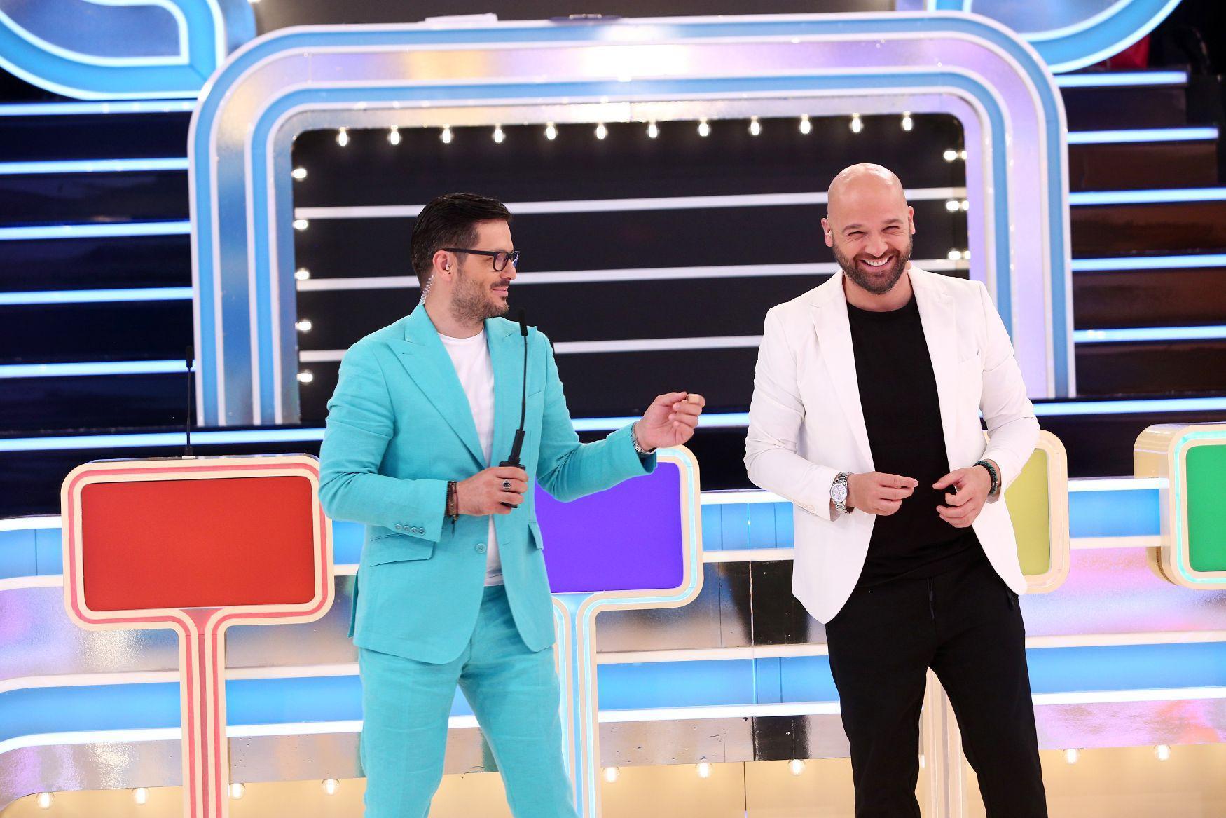"""Imagini în premieră din culisele show-ului """"Prețul cel bun"""". Cum l-a filmat Liviu Vârciu pe fiul lui Andrei Ștefănescu"""