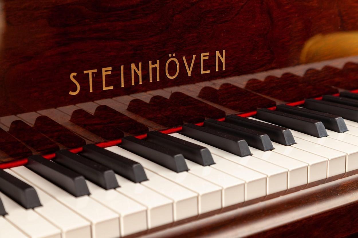 Tonee Valentine, pianistul care a primit un bacșiș de peste 60.000 de dolari. Cum i s-a schimbat bărbatului viața peste noapte