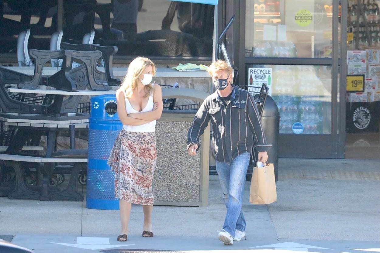 Sean Penn și soția lui, Leila George, sunt dovada vie că dragostea adevărată nu ține cont de vârstă. Cum arată soția