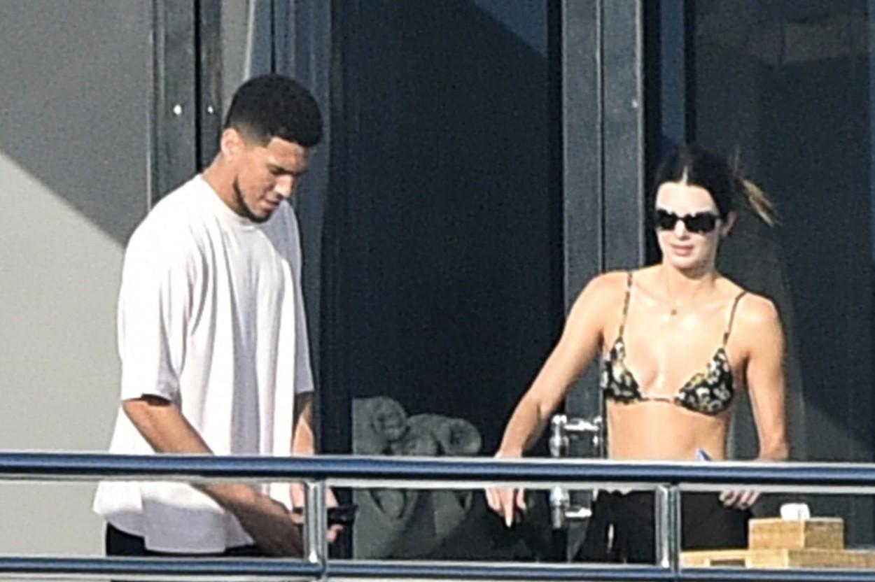 Kendall Jenner și iubitul ei, imagini de senzație. Cum au fost fotografiați