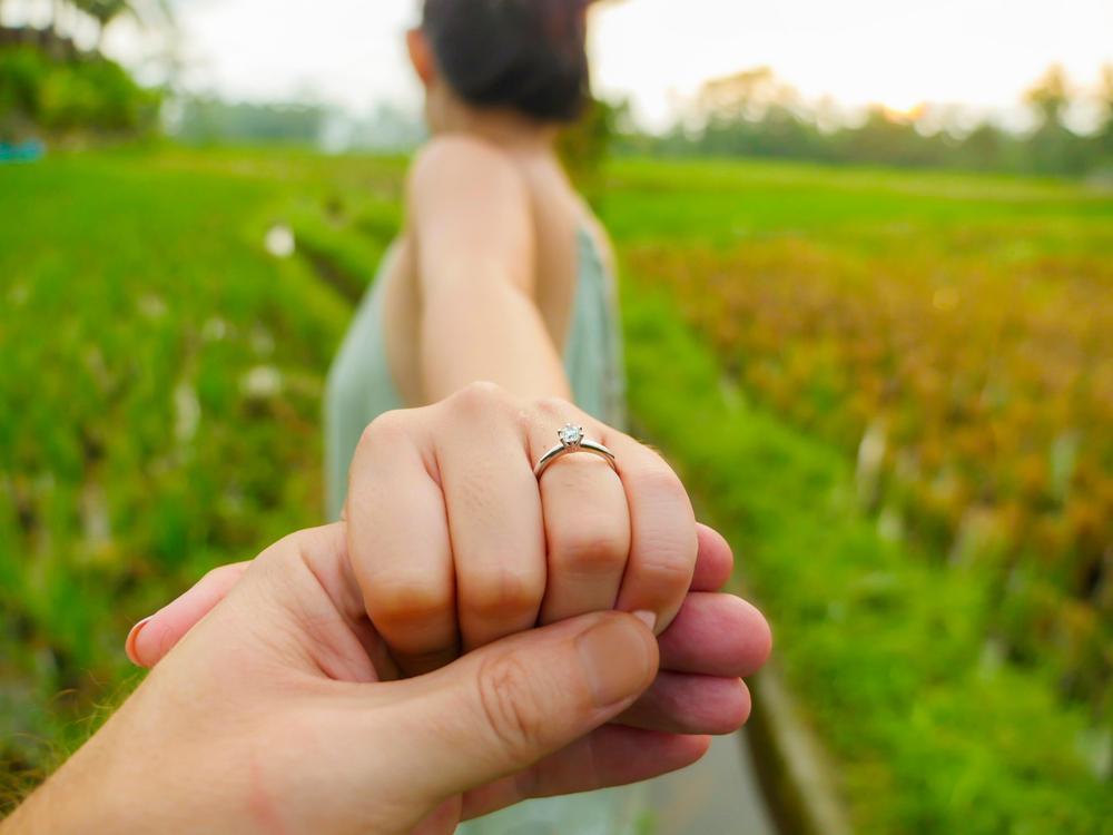 Care este vârsta ideală pentru căsătorie. Când e bine să faci marele pas, potrivit specialiștilor