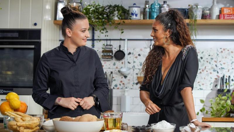 Hello Chef, sezon 2, episod 1. Rețeta de cheesecake vegan a lui Chef Roxana Blenche. Ingrediente și mod de preparare
