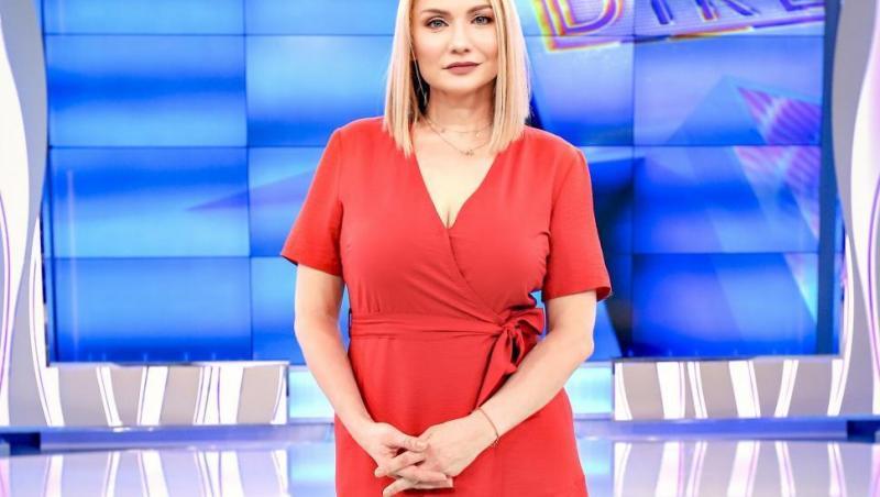 Cristina Cioran, într-o rochie roșie, la Acces Direct