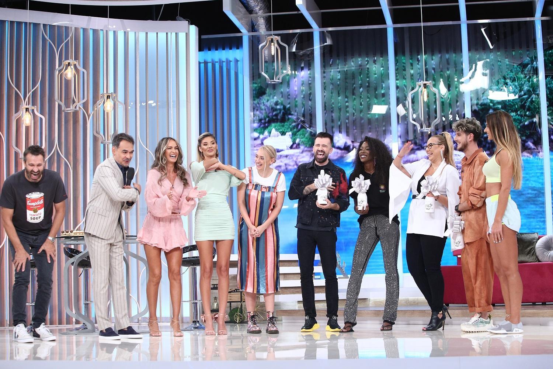 """Premierele """"Super Neatza cu Răzvan şi Dani"""", """"Hello Chef"""" și """"Splash! Vedete la apă"""", de la Antena 1, lider de audiență"""