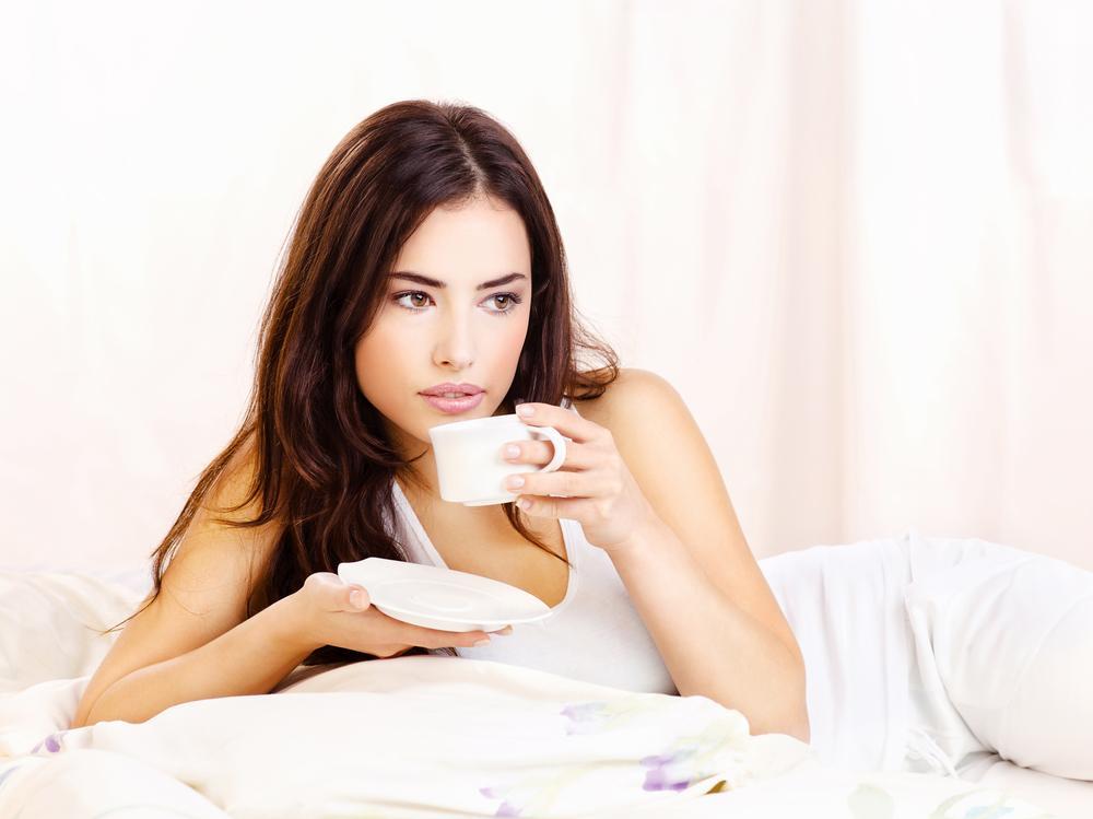 De ce cafeaua îi face pe unii oameni să se simtă somnoroși. Iată care este cauza principală