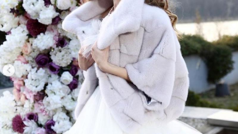 Mara Oprea, în rochie de mireasă