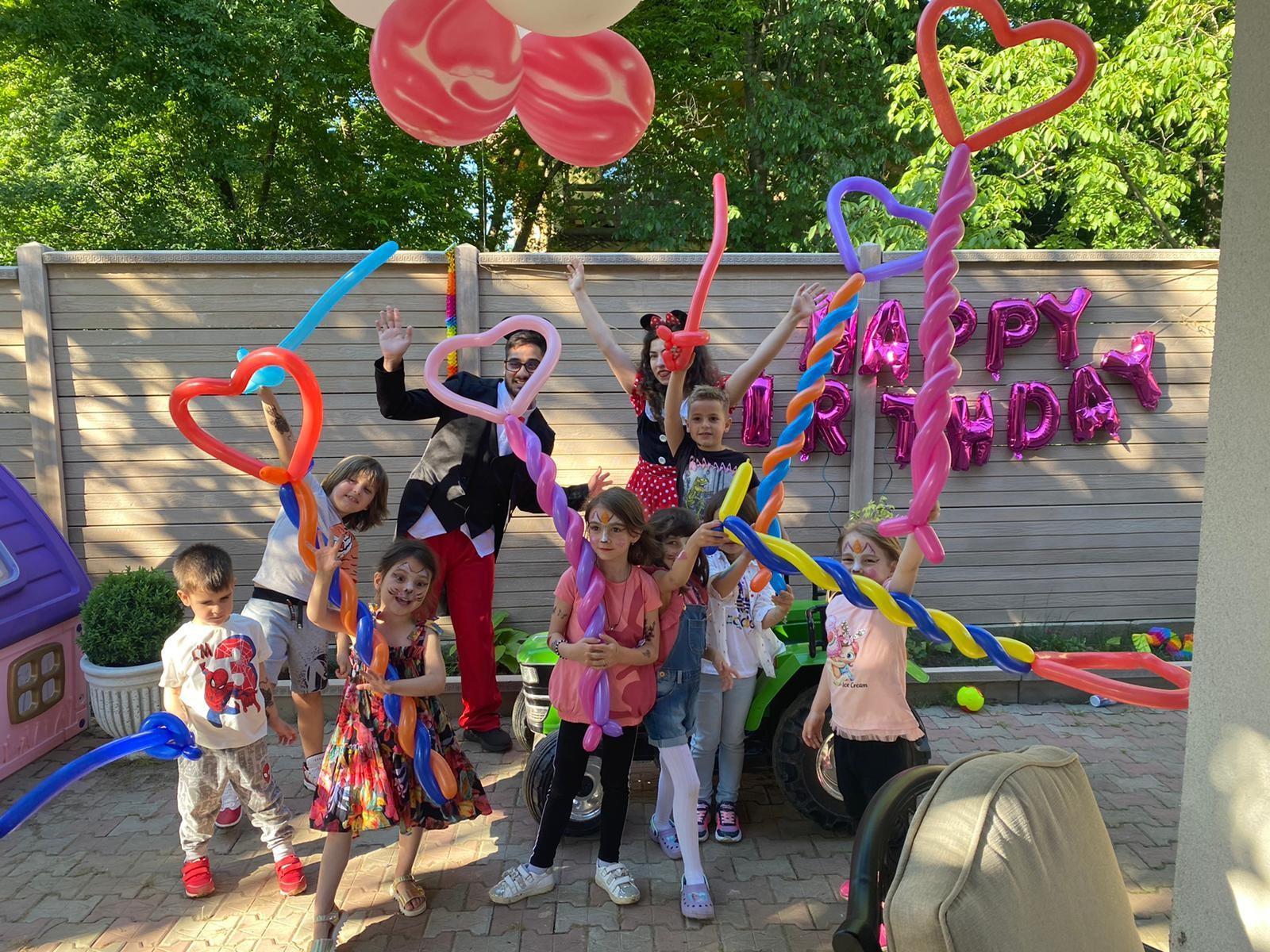 (P) Cum să organizezi o petrecere de succes pentru copilul tău indiferent de vârstă