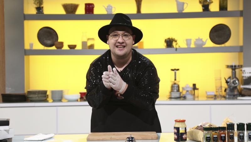 """Fostul concurent de la """"Chefi la cuțite"""" a dezvăluit cum arată mama sa"""
