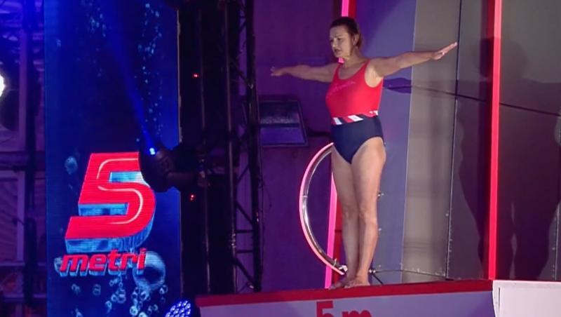 "Maria Buză a fost la un pas de accidentare la ""Splash! Vedete la apă"""