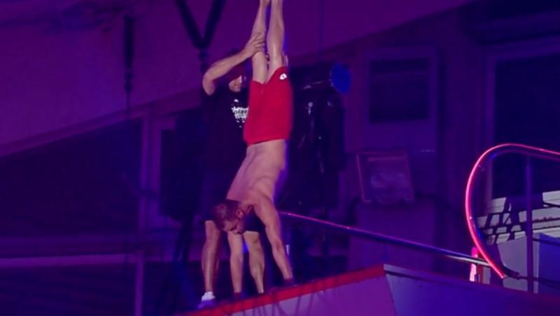 """Cristi Pulhac a făcut o săritură uluitoare în finala """"Splash! Vedete la apă"""""""