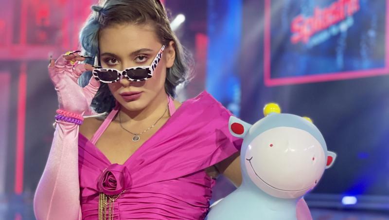 """Emy Alupei a făcut un dans inedit în finala emisiunii """"Splash! Vedete la apă"""" de la Antena 1"""
