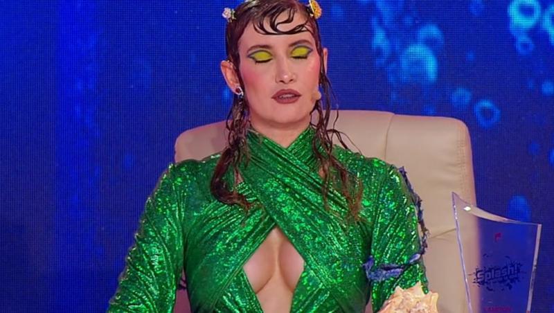 """Iulia Albu i-a impresionat pe toți cu rochia """"de sirenă"""" pe care a ales-o la """"Splash!"""""""