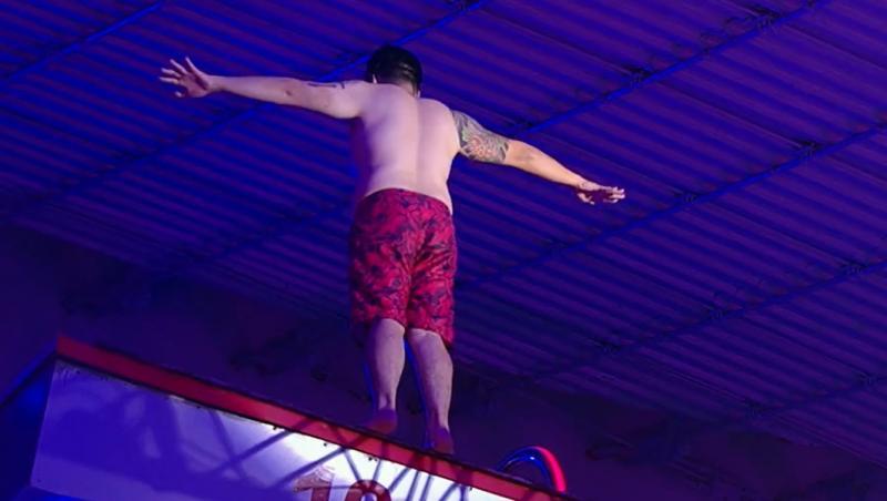 "Rikito Watanabe a ales să sară de la platforma de 10 metri, în finala ""Splash! Vedete la apă"""
