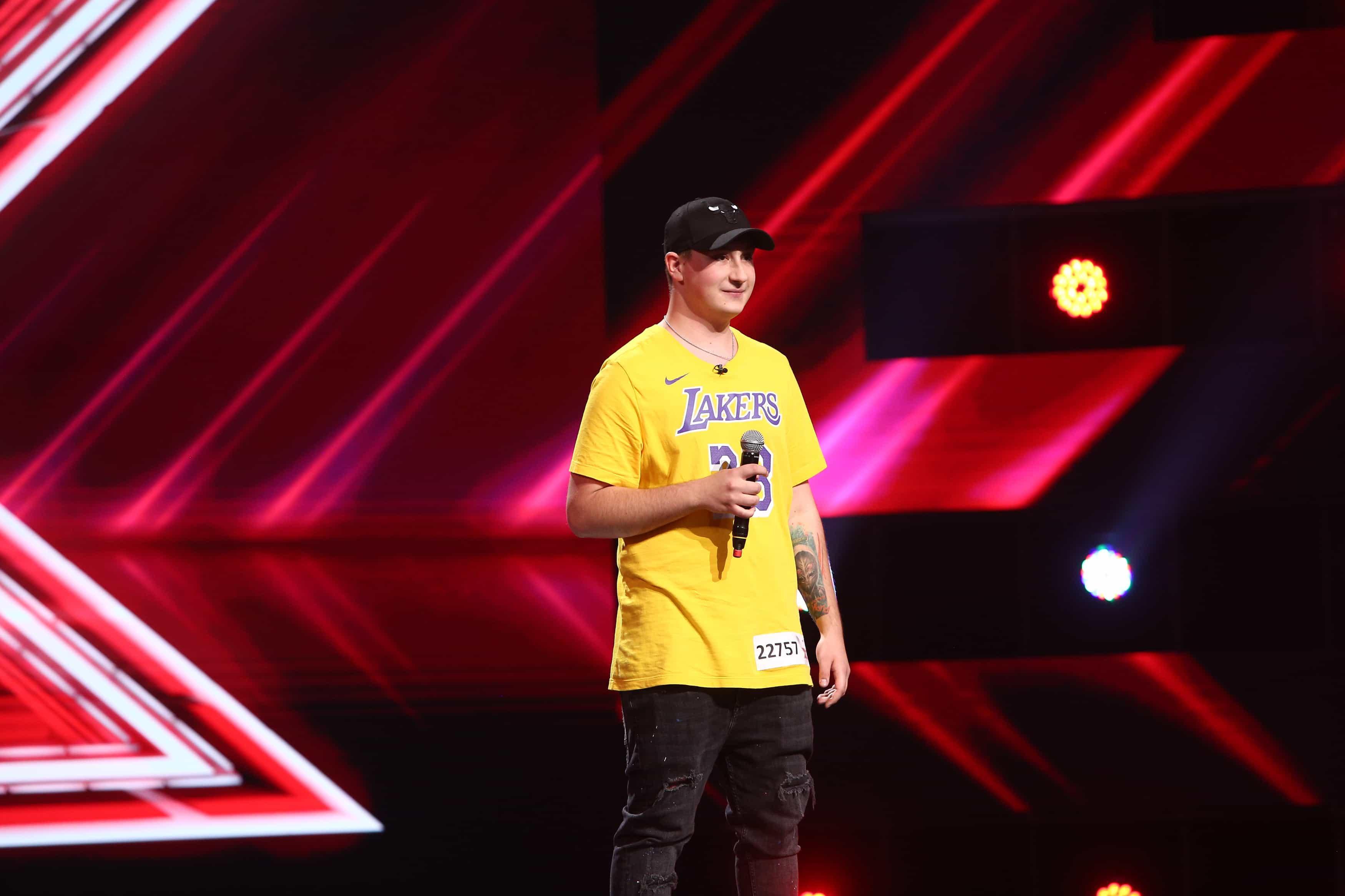 """X Factor 2021, 13 septembrie. Gabriel Florian Găliceanu """"Panama"""" a interpretat o piesă scrisă de el. De ce l-a oprit Ștefan Bănică"""