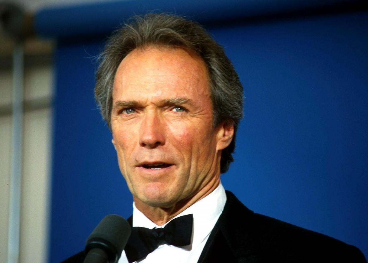 Clint Eastwood, mai plin de viață ca niciodată la 91 ani. Ce nou proiect pregătește marele actor și cum a fost fotografiat