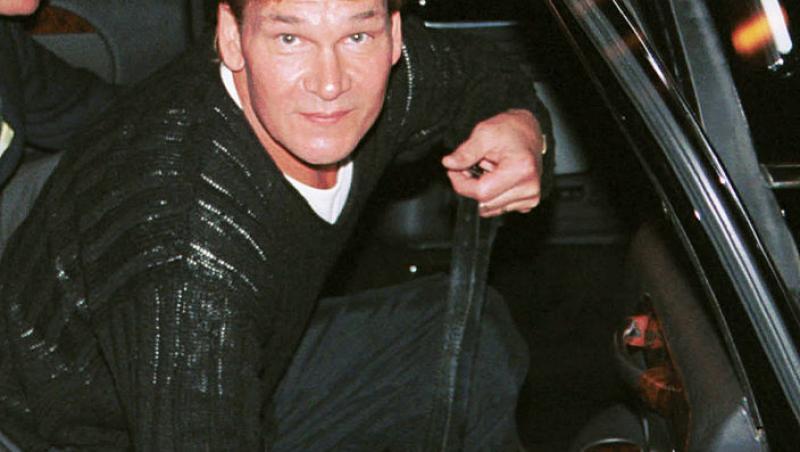 Patrick Swayze, în mașină