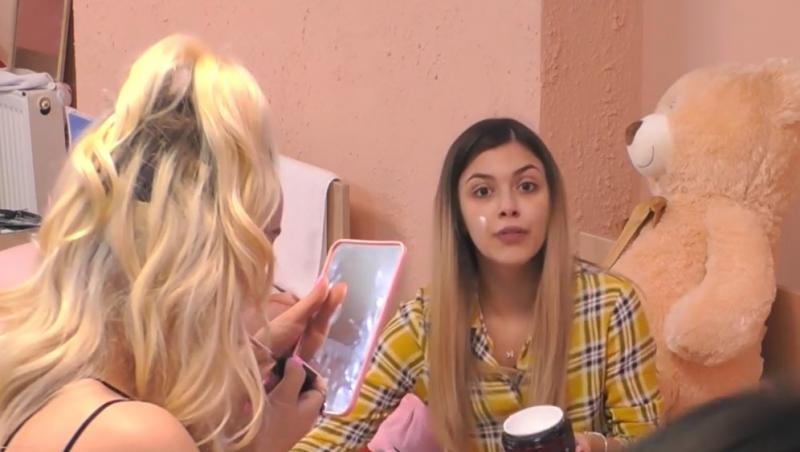 Adelina și Isidora s-au certat rău din cauza unui dulap lăsat deschis de către blondină