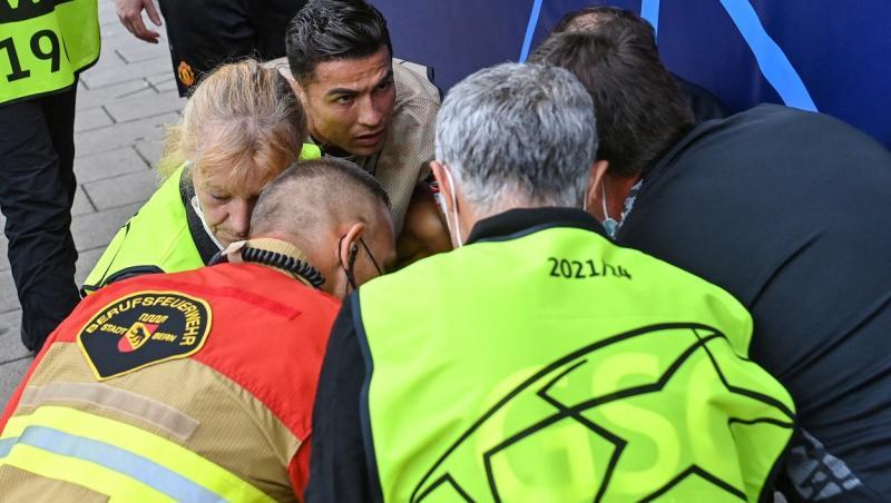 Cristiano Ronaldo a lovit cu mingea o femeie la meciul cu Young Boys. E inconjurat de echipa medicala