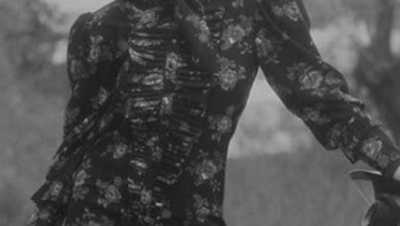 Delia, îmbrăcată într-o rochie de zale, care i-a lăsat formele la vedere. Care a fost reacția fanilor