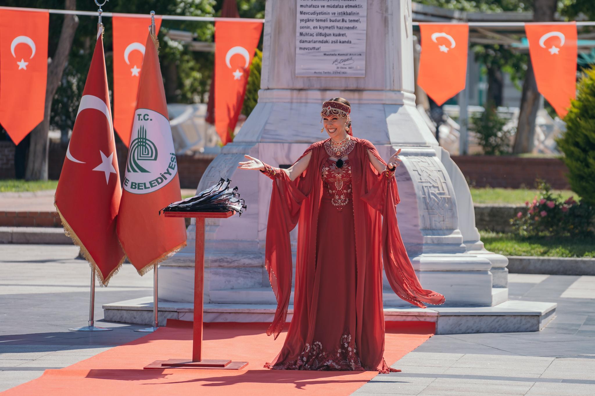 Asia Express, 18 septembrie 2021. De ce s-a îmbrăcat Irina Fodor în prințesă otomană în prima ediție. Ce le-a explicat echipelor