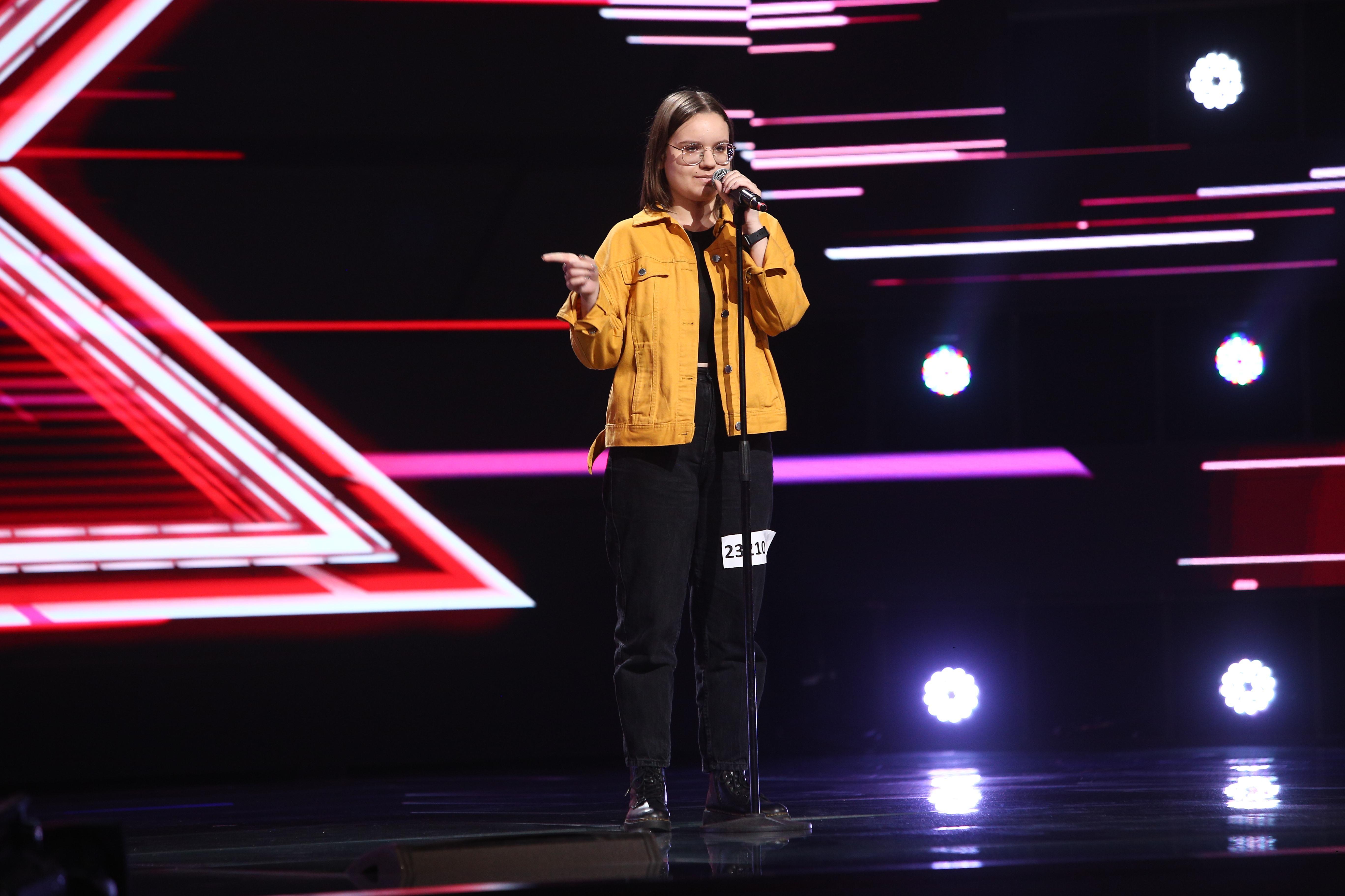 "X Factor 2021, 17 septembrie. Giorgiana Nuțu i-a impresionat pe jurați cu piesa ""Superficial Love"" a lui Ruth B."