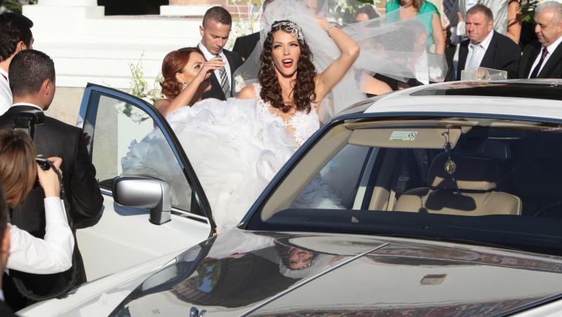 Alina Vidican în rochie de mireasă la nunta cu Cristi Borcea