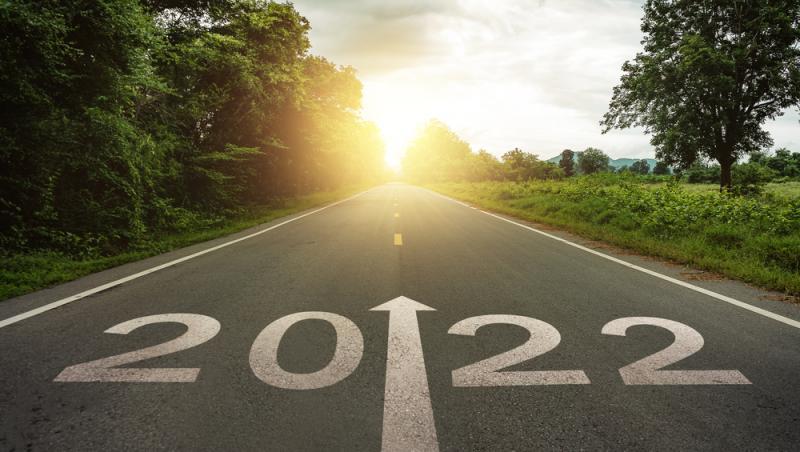 imagine cu anul 2022 scris pe o strada