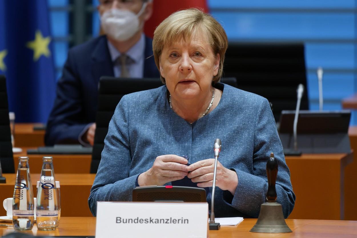 Cum arăta Angela Merkel când era mică. Cancelarul Germaniei nu s-a schimbat mult de atunci