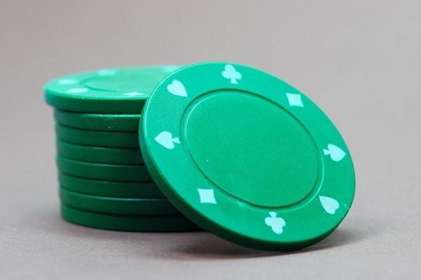 (P) Câte tipuri de jocuri de noroc sunt?