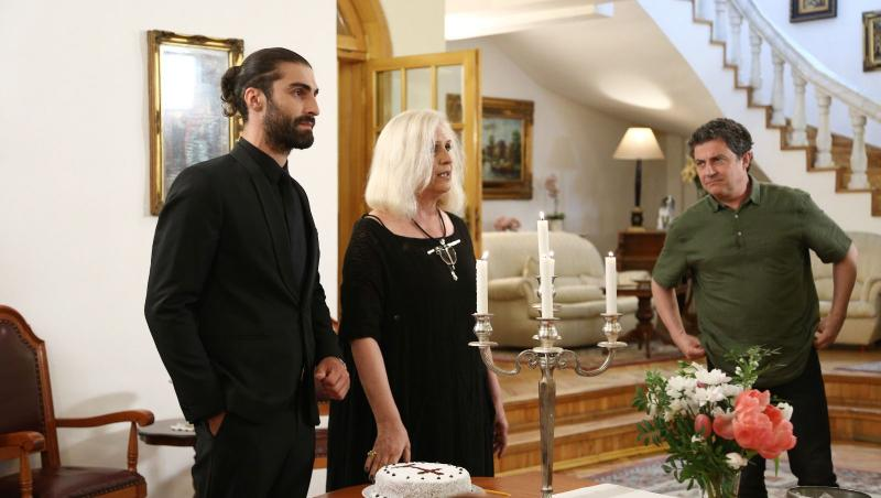 Martha Andronic, Lucian si ceilalti membri ai familiei, cand Martha a facut anuntul ca Lucian ar fi nepotul ei