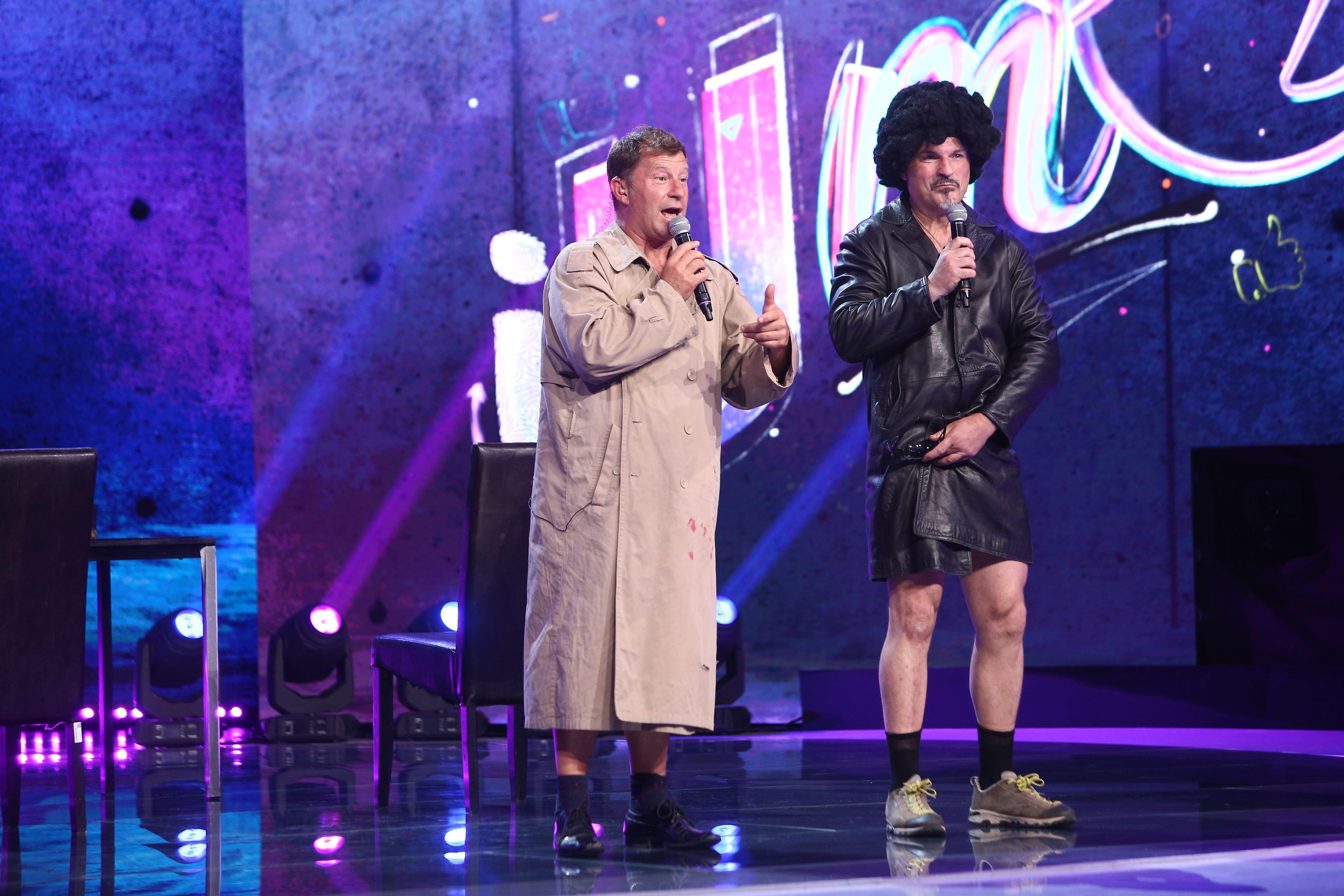 iUmor, 25 septembrie 2021. Fabio Biggi și Lorenzo Nardi, moment de nudititate umoristică pe scenă, în ediția 1. Reacția juriului