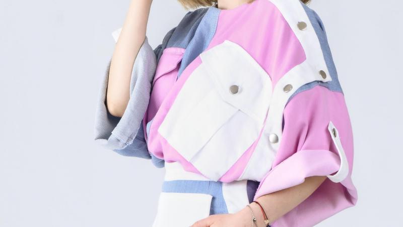 cristina-ciobănașu-rochie-colorată