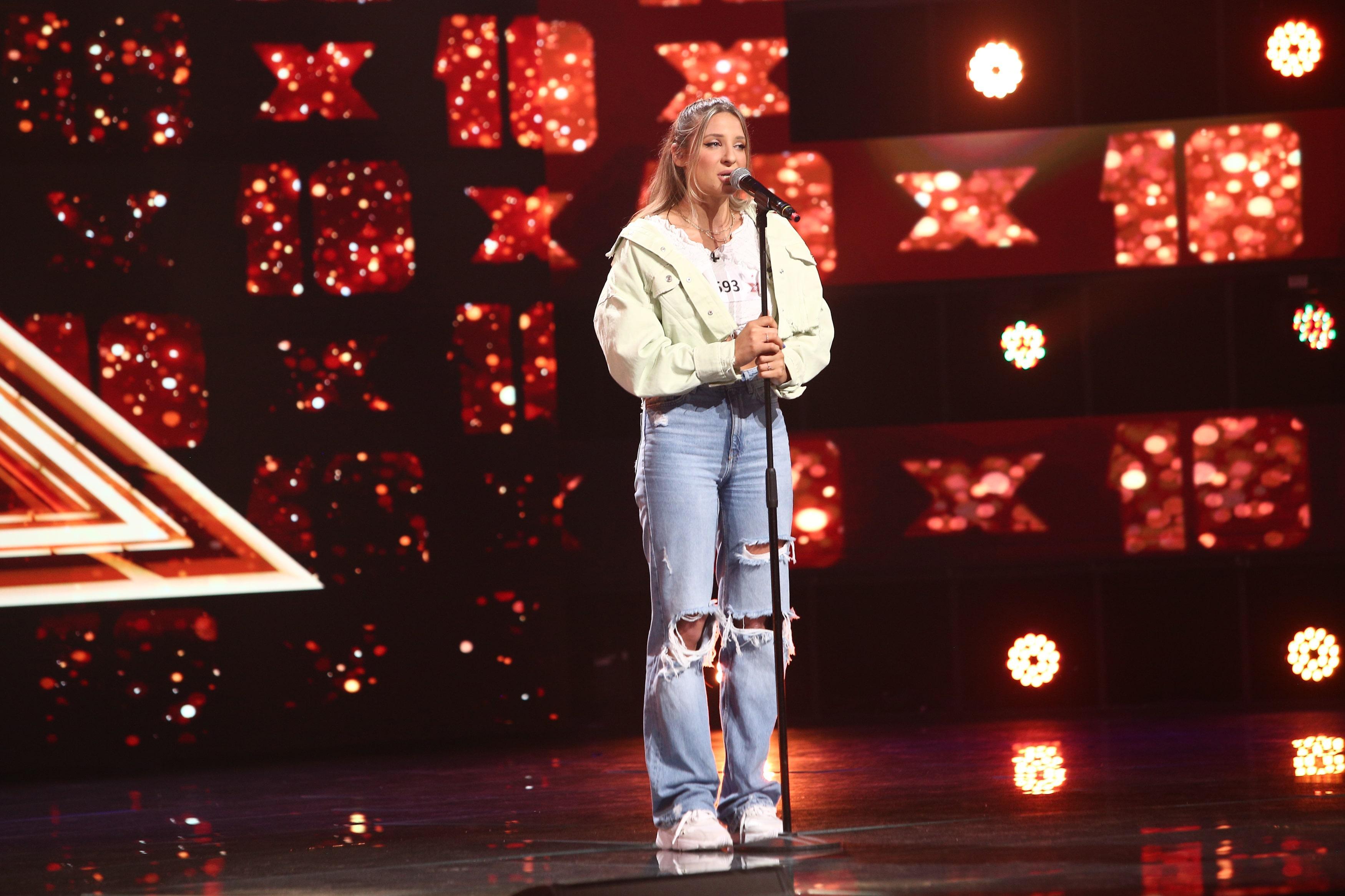 X Factor 2021, 6 septembrie. Raluca Oaida a cântat piesa Figures și i-a impresionat pe jurați cu timbrul său special