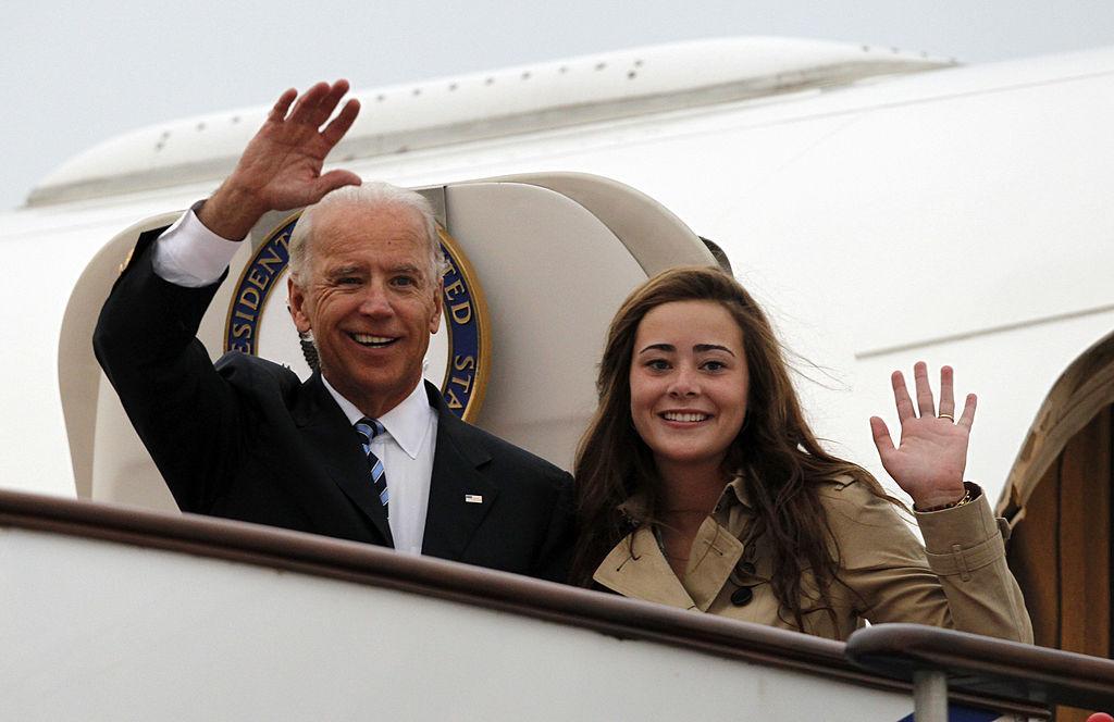 Naomi Biden, nepoata președintelui american Joe Biden s-a logodit. Cum arată cel care îi va deveni soț în curând