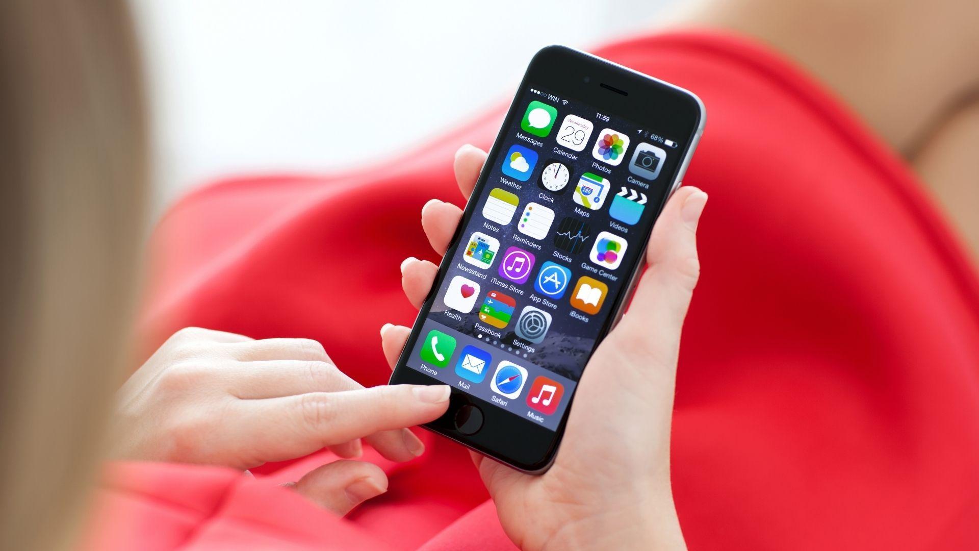 Cum să-ți faci telefonul iPhone să funcționeze mai rapid. Iată sfaturile experților