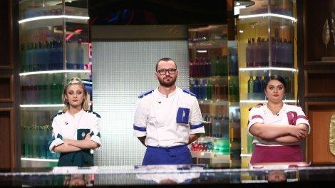 Cătălin Amarandei, Elena Matei și Narcisa Birjaru, finaliștii sezonului 9 Chefi la cuțite. Emisiunea, lider detaşat de audienţă