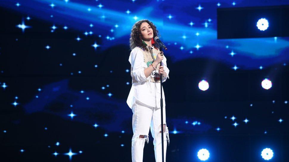 """Yarina Cozma a uimit jurații X Factor. Interpretarea care i-a adus 4xDA: """"E de ajuns în finală!"""""""