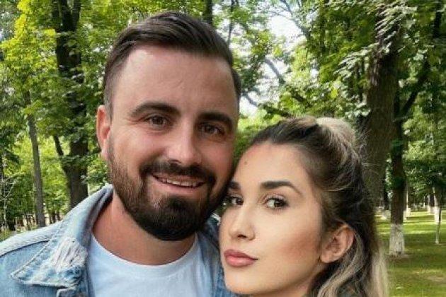 Selfie făcut de Adda și soțul său, Cătălin Rizea